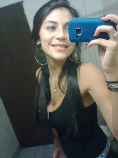 Mujer soltera busca abren